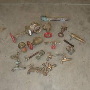 Lot # 611 - Vintage Brass Plumbing Fixtures