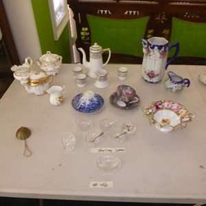 Lot # 46 - Miscellaneous Tea Cups & Pitchers