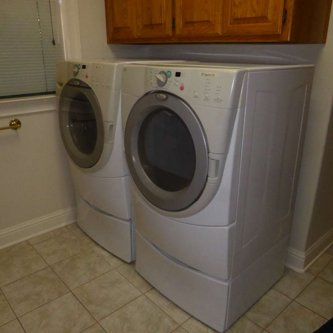 Lot # 72 - Duet Washer & Electric Dryer  (main image)