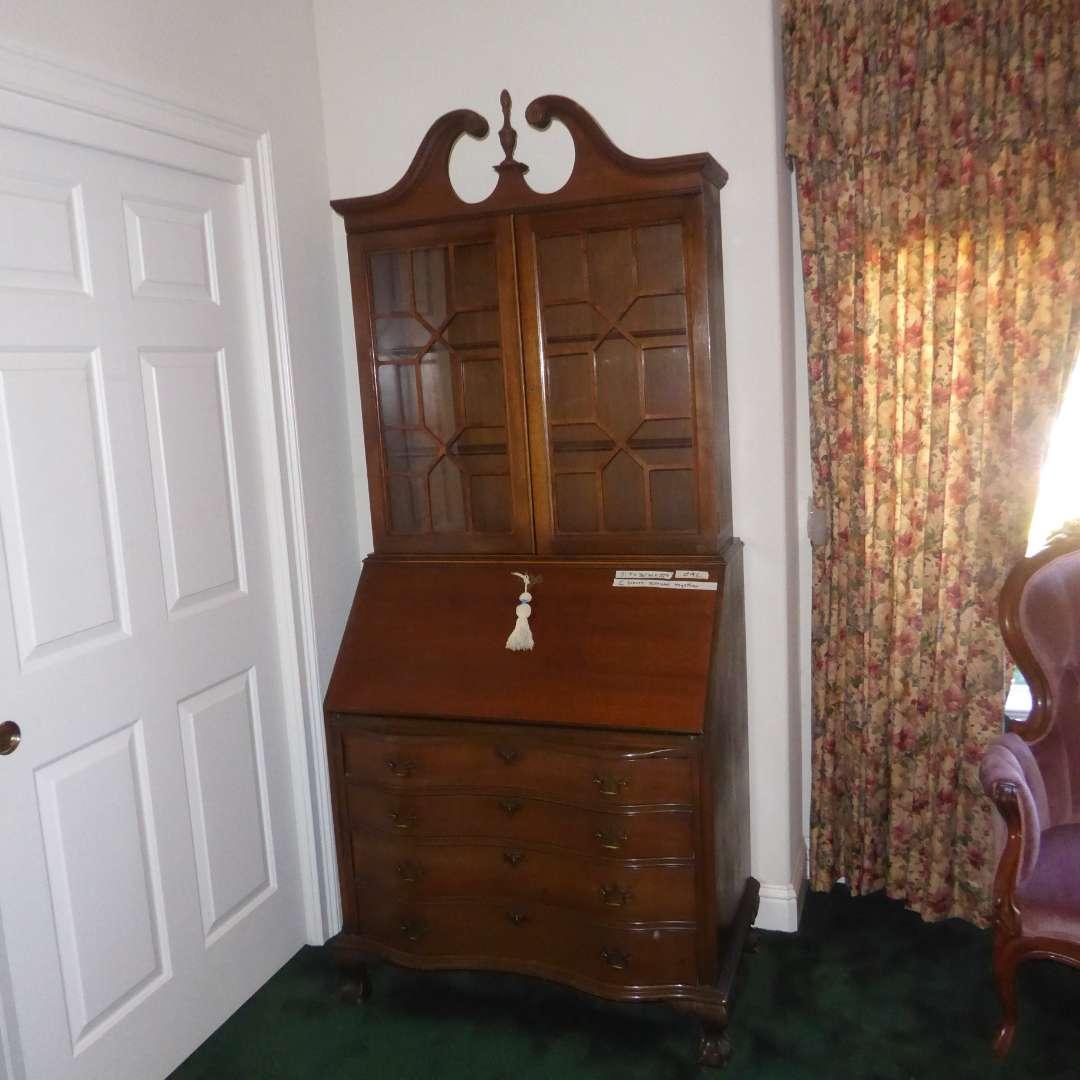 Lot # 92 - Beautiful Antique Secretary Desk W/Key