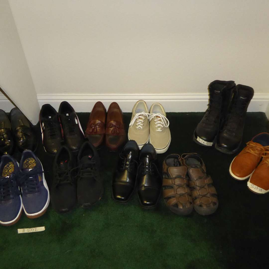 Lot # 95 - Lot Of Men's Shoes (Mostly Size 13)  (main image)