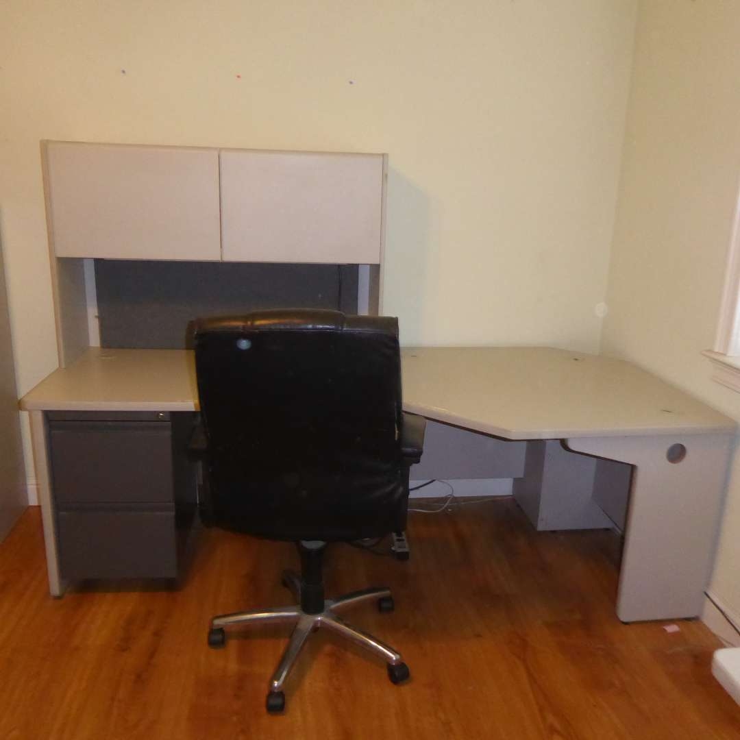 Lot # 287 - Two Corner Piece Desk With Topper   (main image)