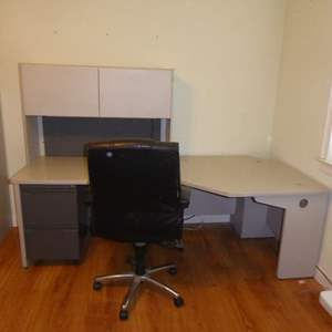 Lot # 287 - Two Corner Piece Desk With Topper
