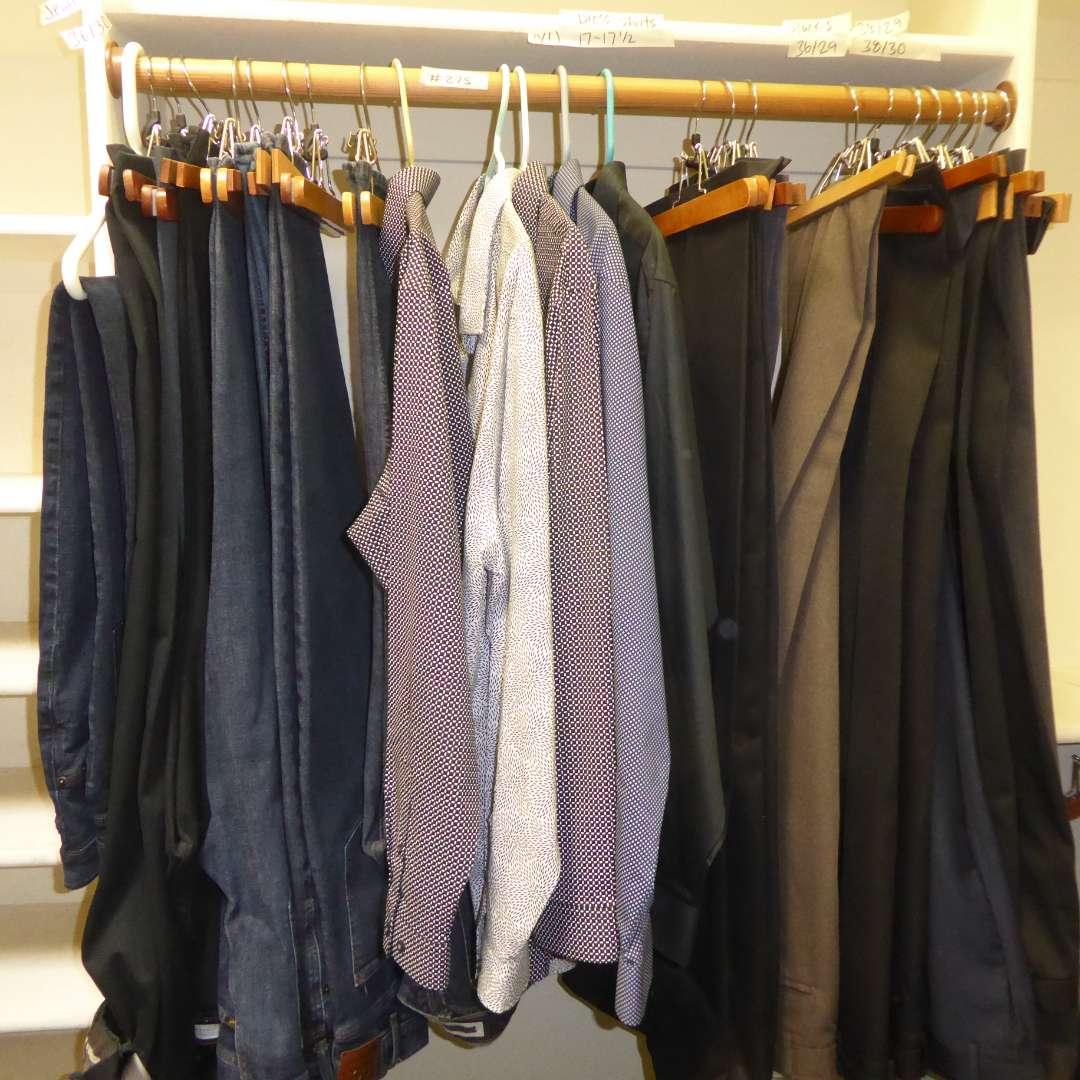 Lot # 275 - Men's Dress Shirts, Jeans & Slacks