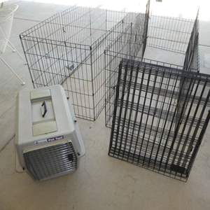 """Lot # 456 - Three 24"""" X 30"""" Pet Exercise Pins and a Pet Taxi Crate"""
