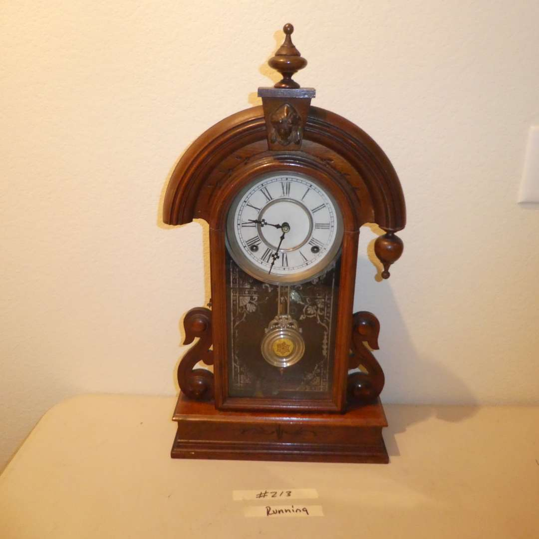 Lot # 213 - Antique Mantle Clock (Waterbury Clock Co., Runs)