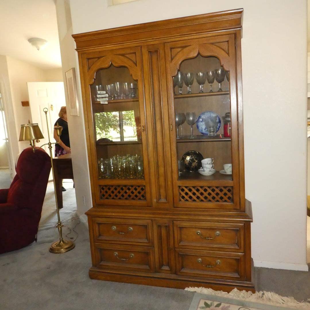 Lot # 101 - Vintage Drexel Furniture  China Cabinet (Dovetailed Drawers)  (main image)