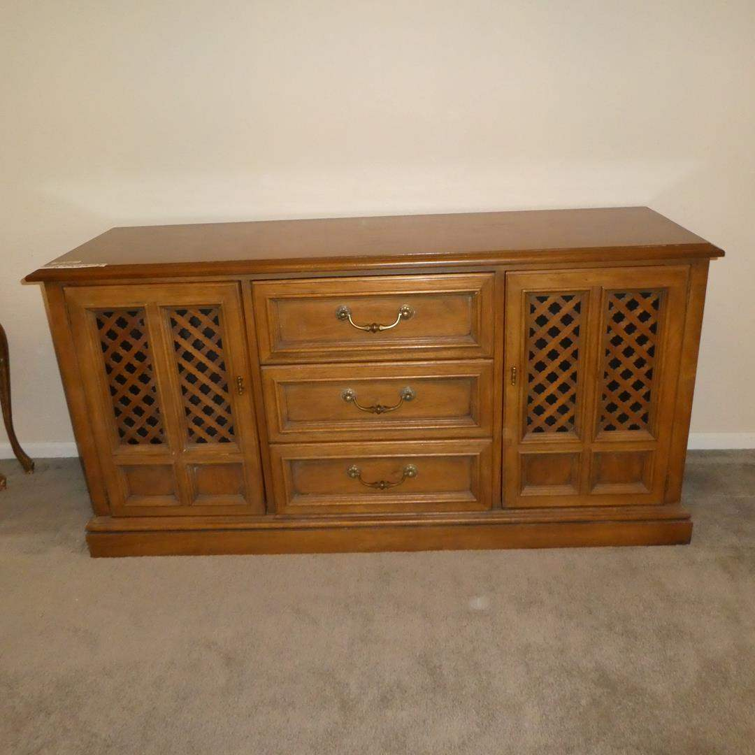 Lot # 102 - Vintage 1966 Esperanto By Drexel Buffet / Sideboard (Dovetailed Drawers) (main image)