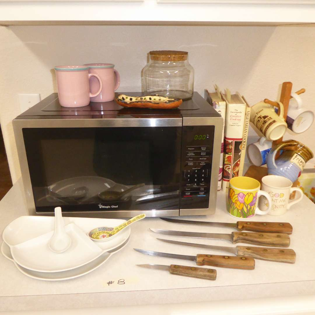 Lot # 8 - Microwave, Mugs, Cookbooks & Chicago Cutlery Knives