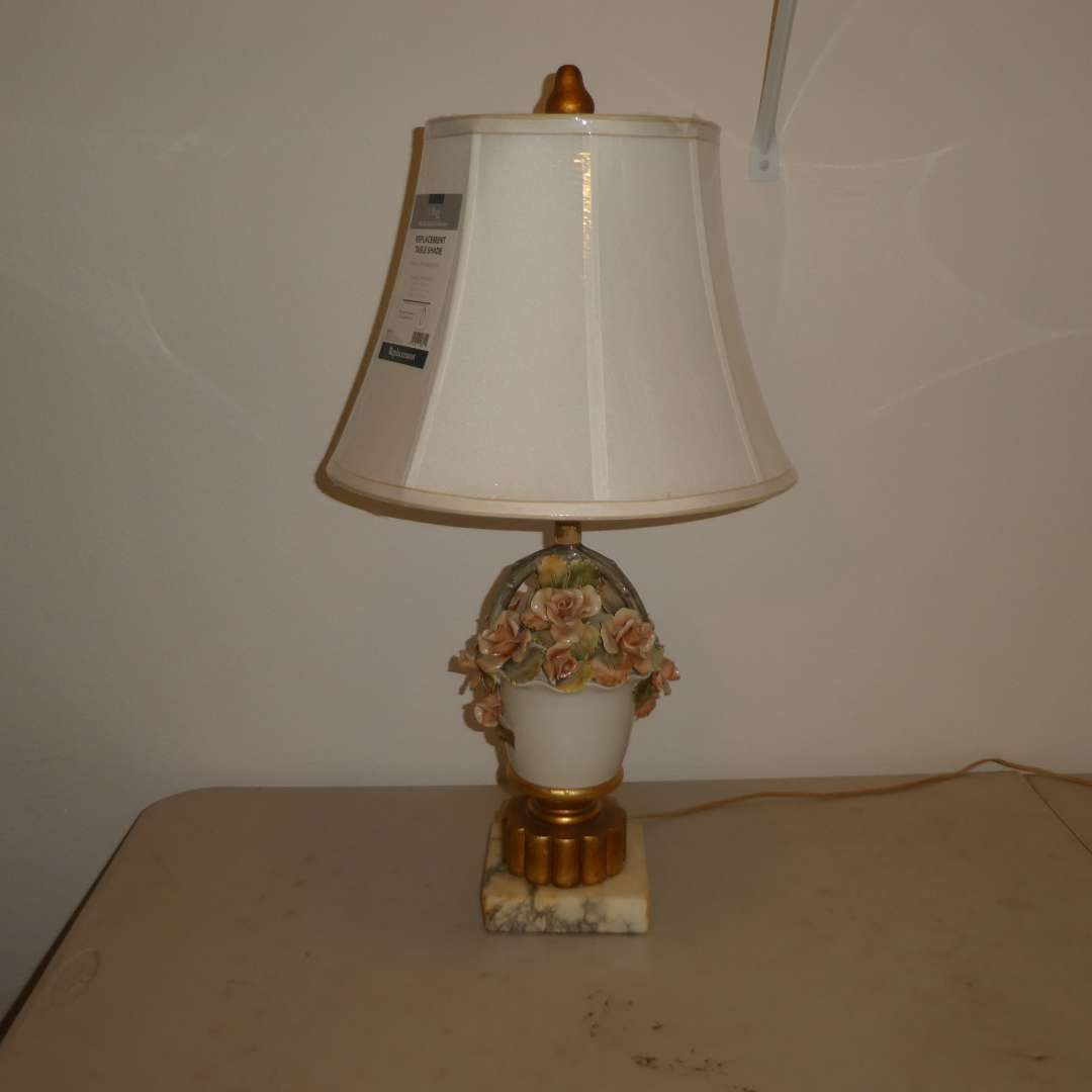 Lot # 50 - Cute Porcelain Lamp w/ Marble Base ( Has light chipping on some flowers) (main image)