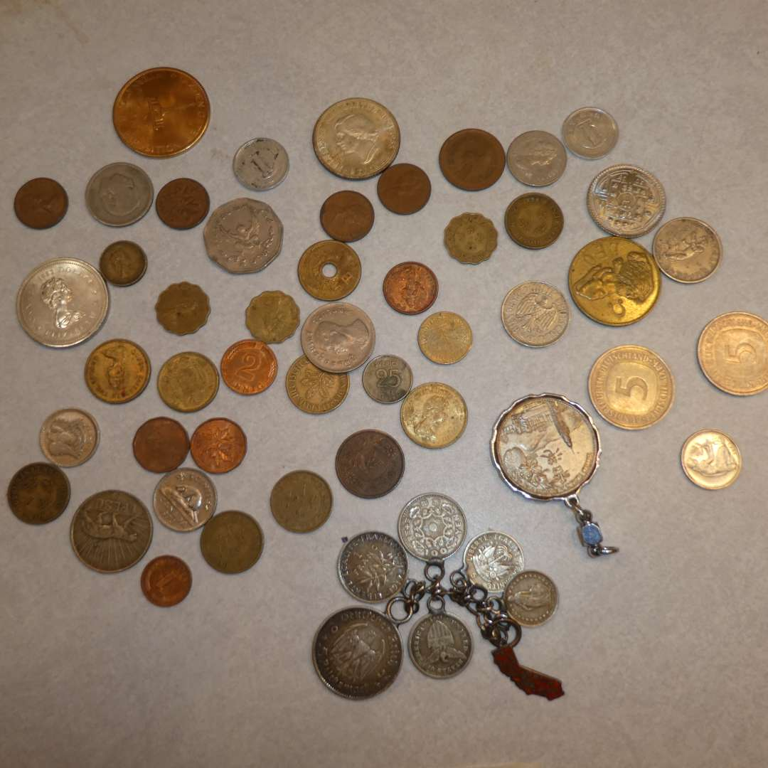Lot # 78 - Assorted Collectible Coins  (main image)