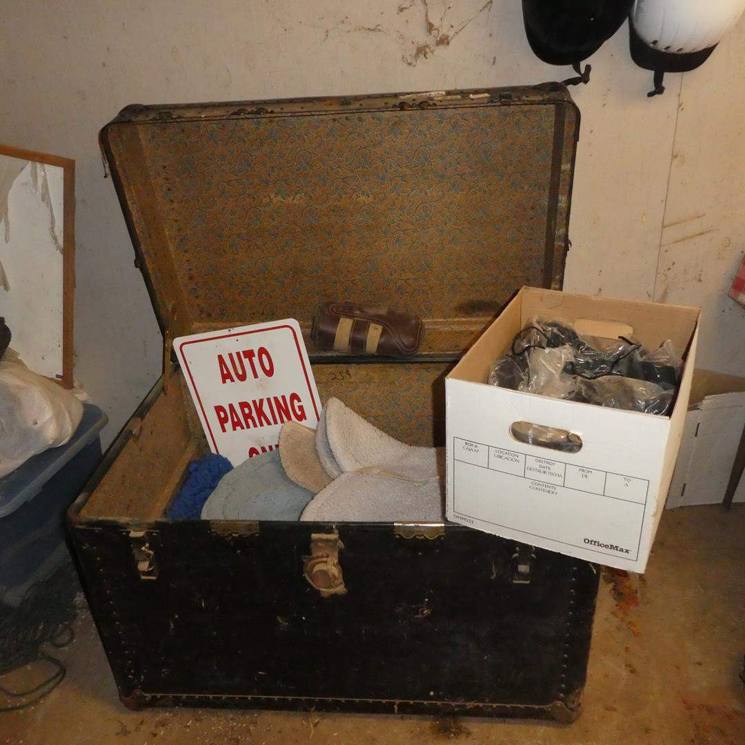 Lot # 88 - Trunk, Jump Pads, Cords & Numbers (main image)