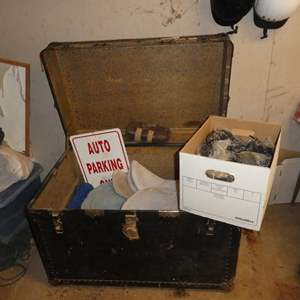 Lot # 88 - Trunk, Jump Pads, Cords & Numbers