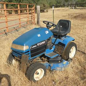 Lot # 100 - LS55 Ford Riding Mower For Parts