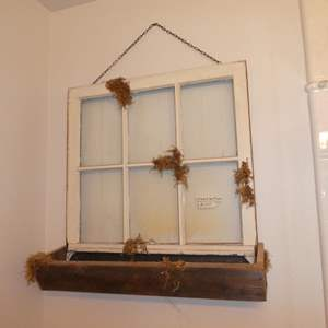 Lot # 260 - Vintage Farmhouse Window Pane Art Planter Wall Hanging