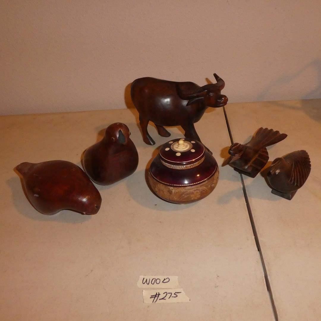 Lot # 275 - Carved Wood Animal Figurines & Lidded Wooden Jar (main image)