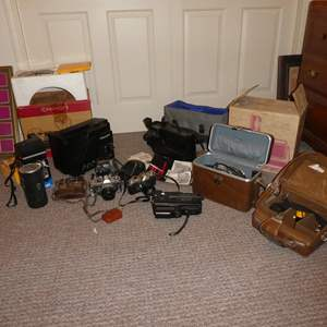 Lot # 288 - Vintage Camera/Video Recorders, Projector, 35mm Cameras, Lenses & Slide Projector