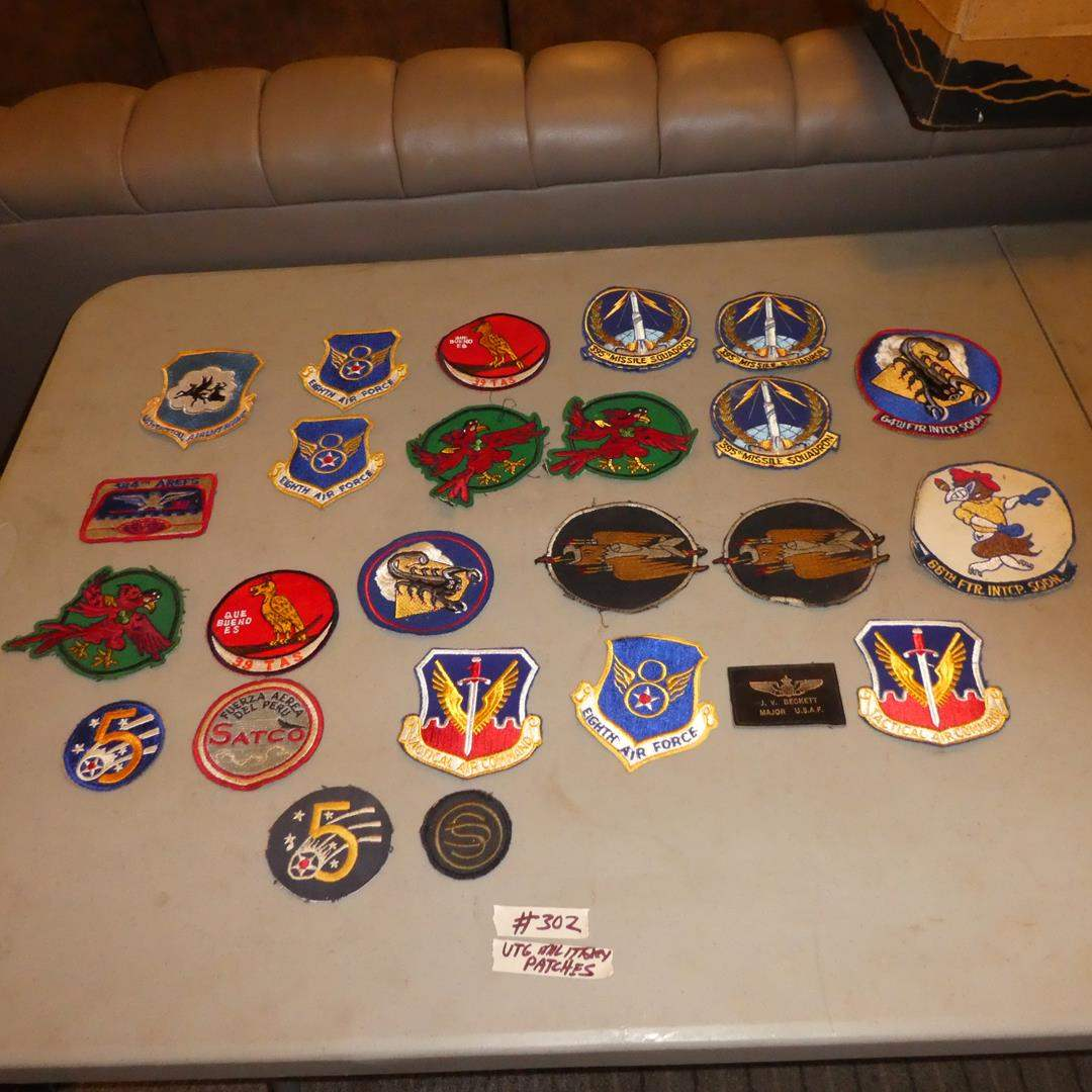 Lot # 302 - 25 Vintage USAF United States Air Force Squadron Military Patches (main image)