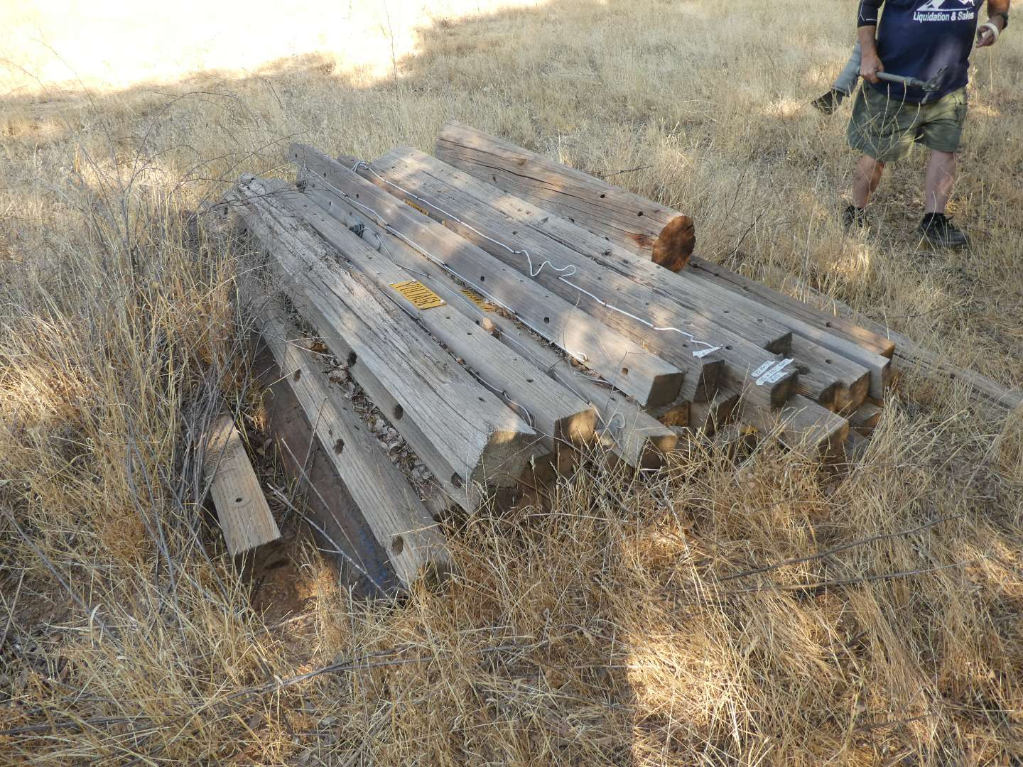 Lot # 123 - 25 Wood Posts (see pics for size) (main image)