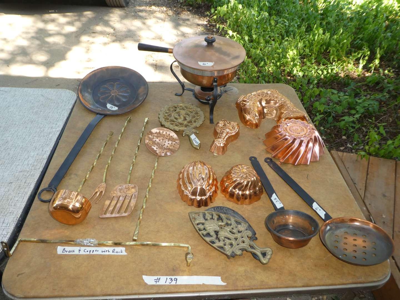 Lot # 139 - Copper Décor   (main image)