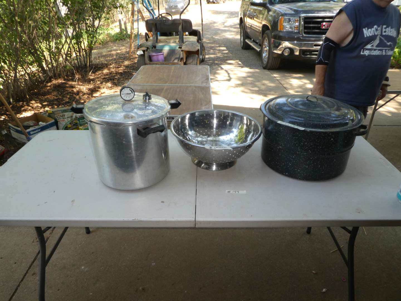 Lot # 144 - Canning Lot - Large Pressure Cooker