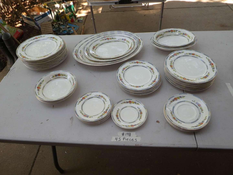 Lot # 148 - 48 Pcs of Meakin China - Nice Platters (main image)