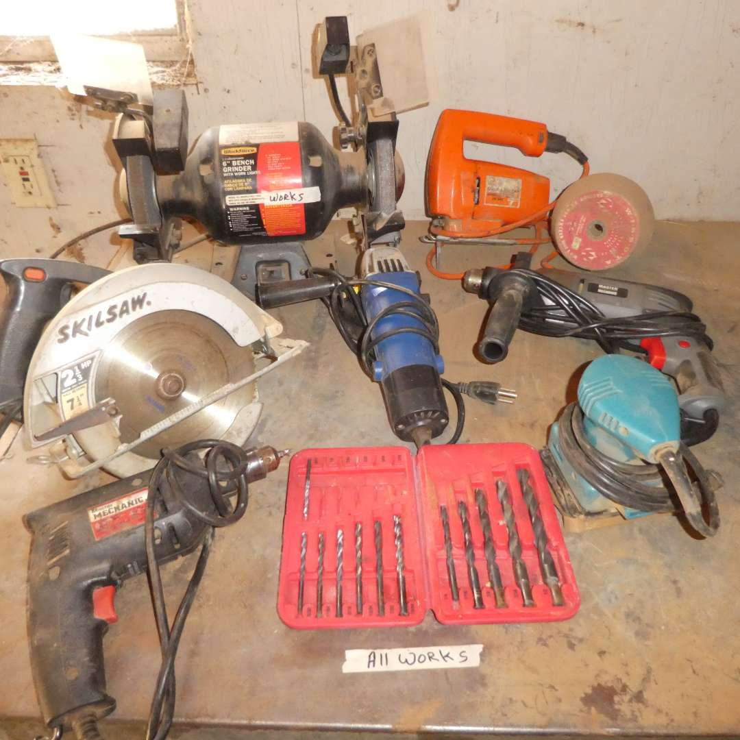Lot # 30 - Lot Of Power Tools - Grinder, Skill Saw & More  (main image)