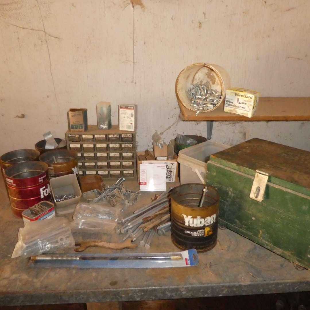 Lot # 31 -  Miscellaneous Hardware Lot (main image)