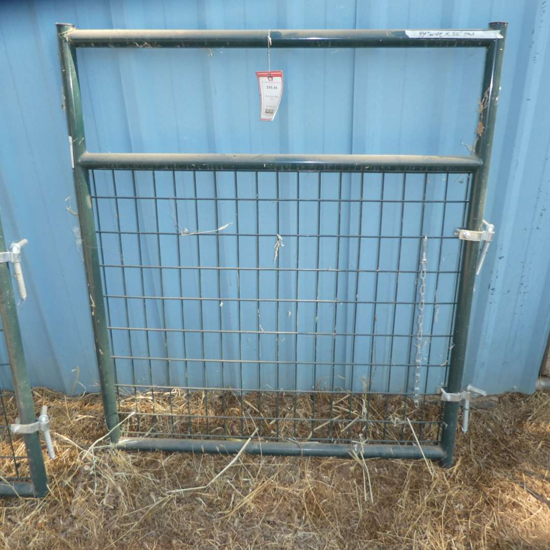 Lot # 38 -  4FT Gate - Never Used (main image)