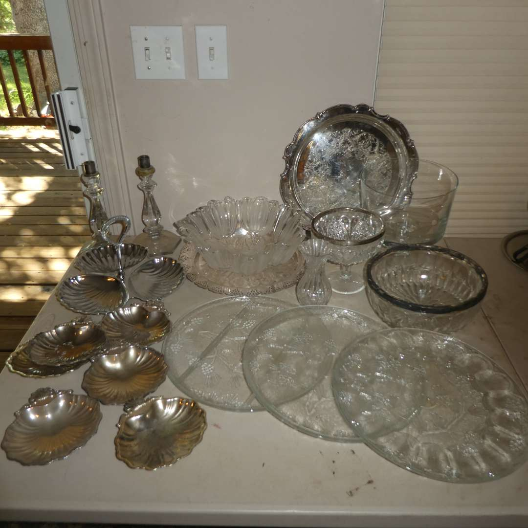 Lot # 217 - Vintage Serving Platers, Bowls, Shell Snack Dishes and More (main image)