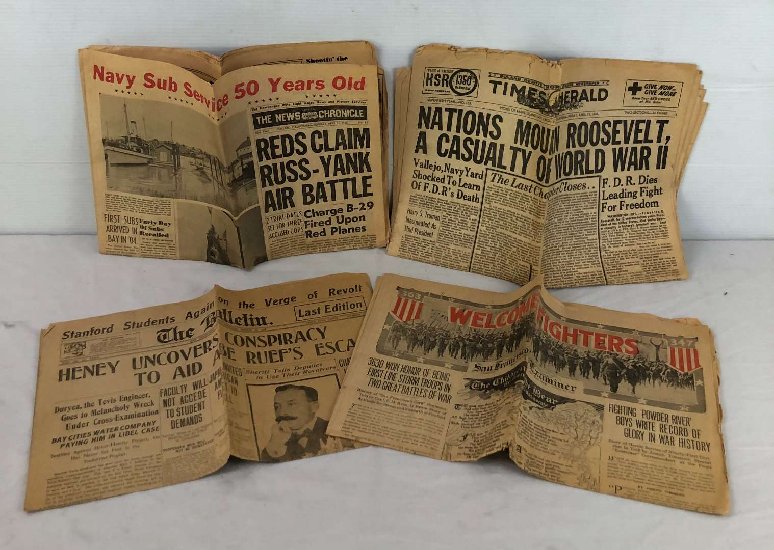 Lot # 2 - 4 Old Newspapers From 1908, 1919, 1945 and 1950 (main image)