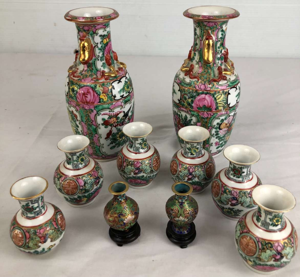 Lot # 8 - Lot of Asian Vases (main image)