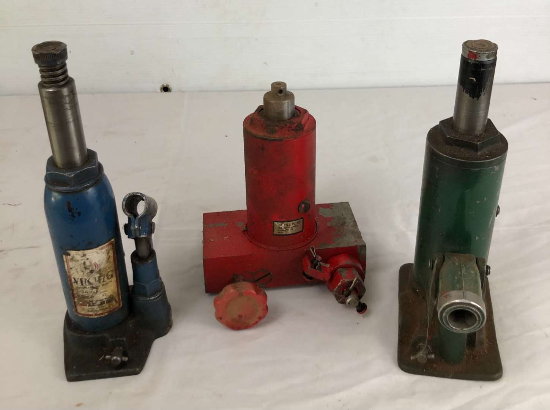 Lot # 9 - Vintage Hydraulic Jacks (main image)