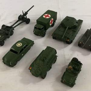 Lot # 42 - Vintage Military Dinky Toys