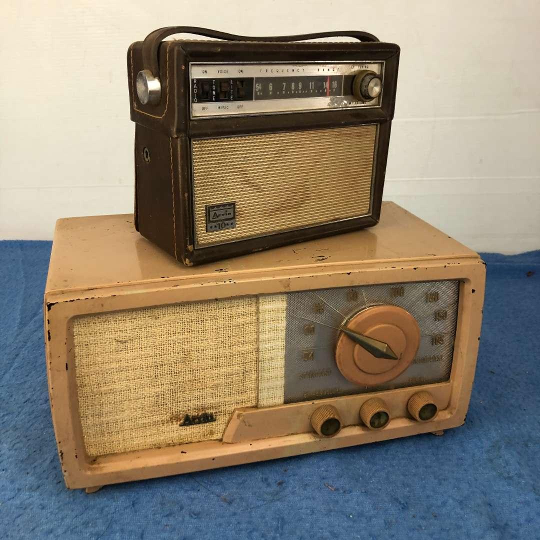 Lot # 70 - 2 Vintage Arvin Radios  (main image)