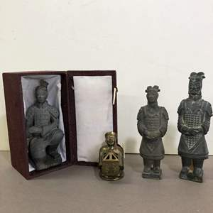 Lot # 84 - Lot of Chinese Figurines
