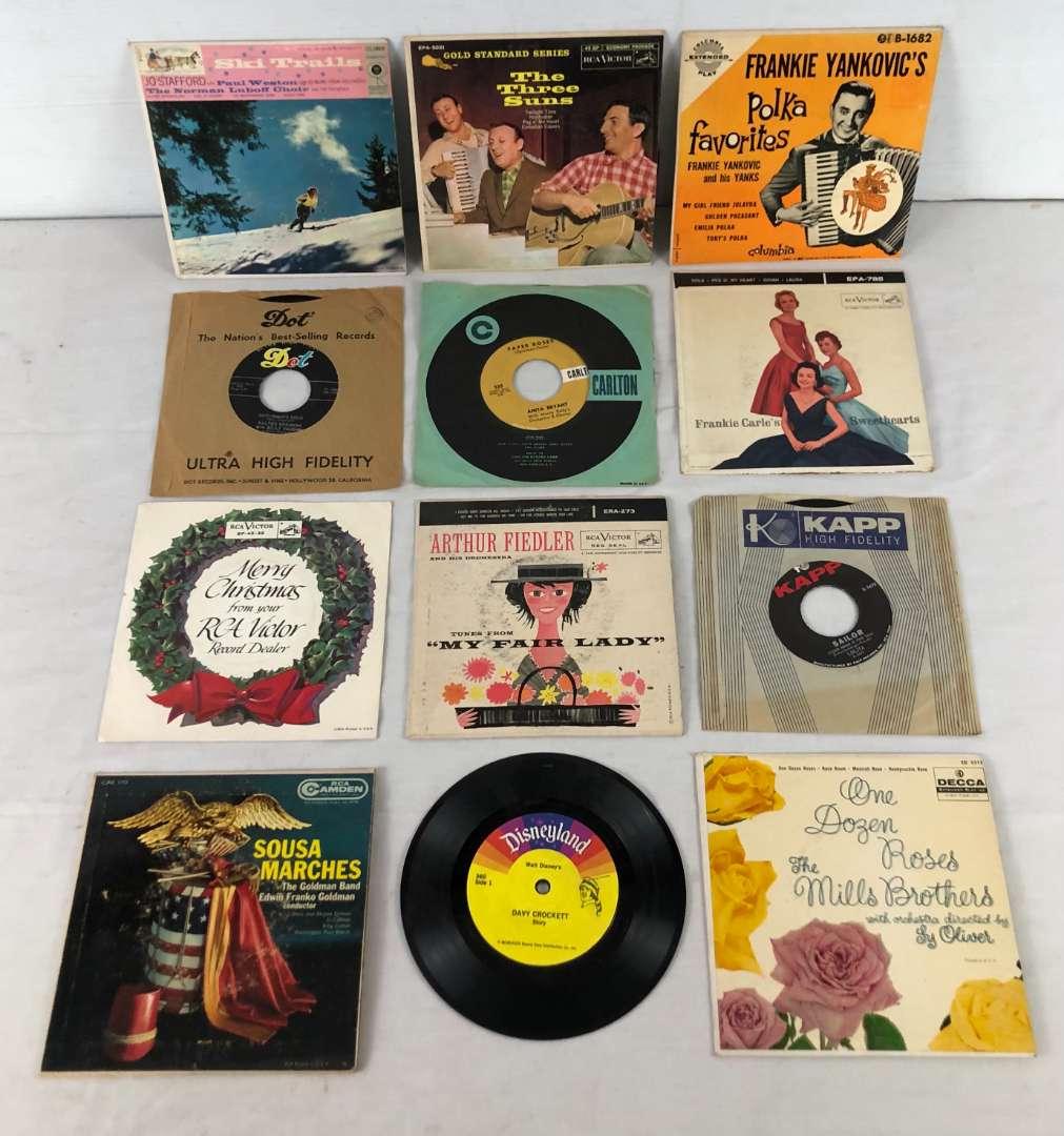 Lot # 150 - Lot of 45 RPM Speed Vinyl Records (main image)