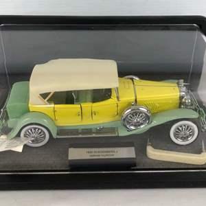 Lot # 152 - 1930 Duesenberg J Derham Tourster 1:24 Scale Model