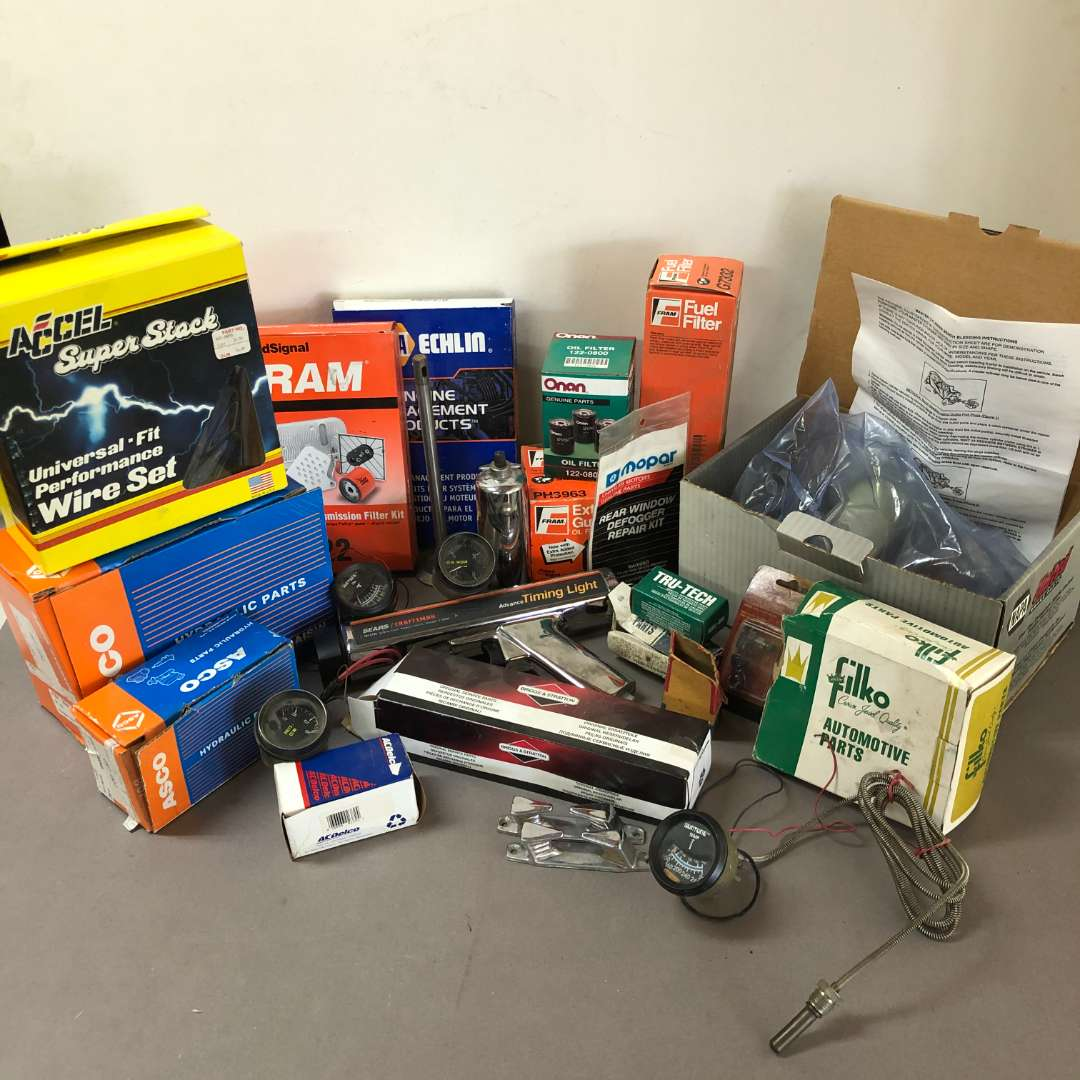 Lot # 200 - Lot of Various Automotive Parts and Tools (main image)