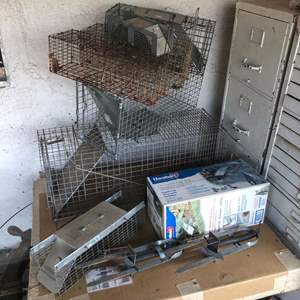 Lot # 217 - Large Collection of Metal Animal Traps