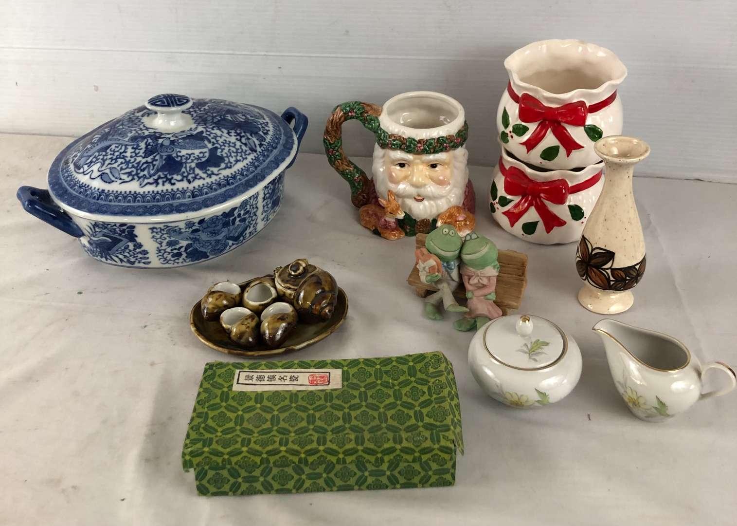 Lot # 242 - Lot of Various Pottery and Knick Knacks (main image)