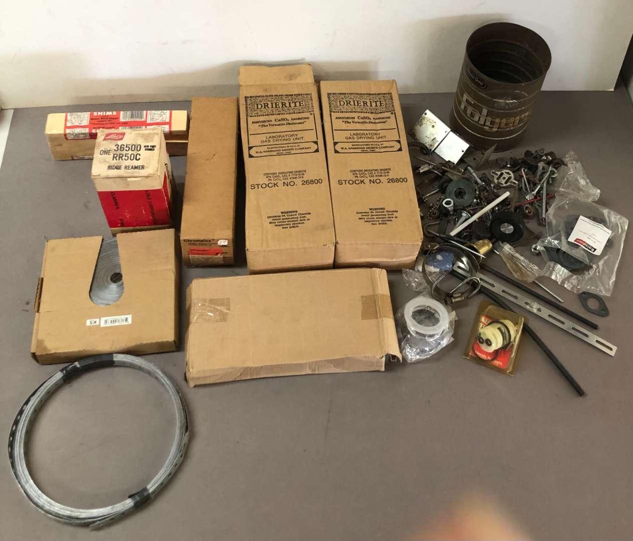 Lot # 254 - Lot of Various Items (main image)
