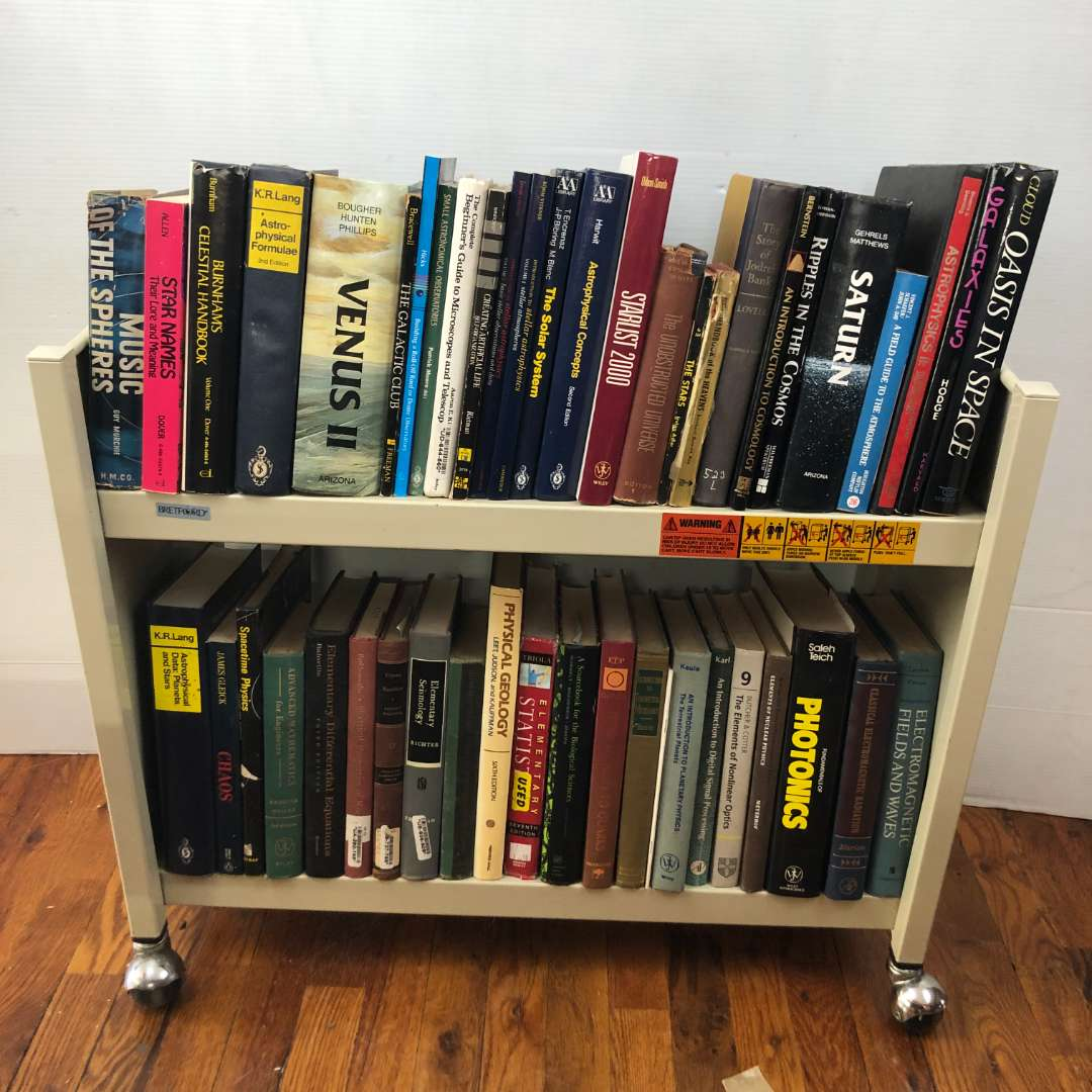 Lot # 258 - Lot of Various Science, Math and Other Books (main image)