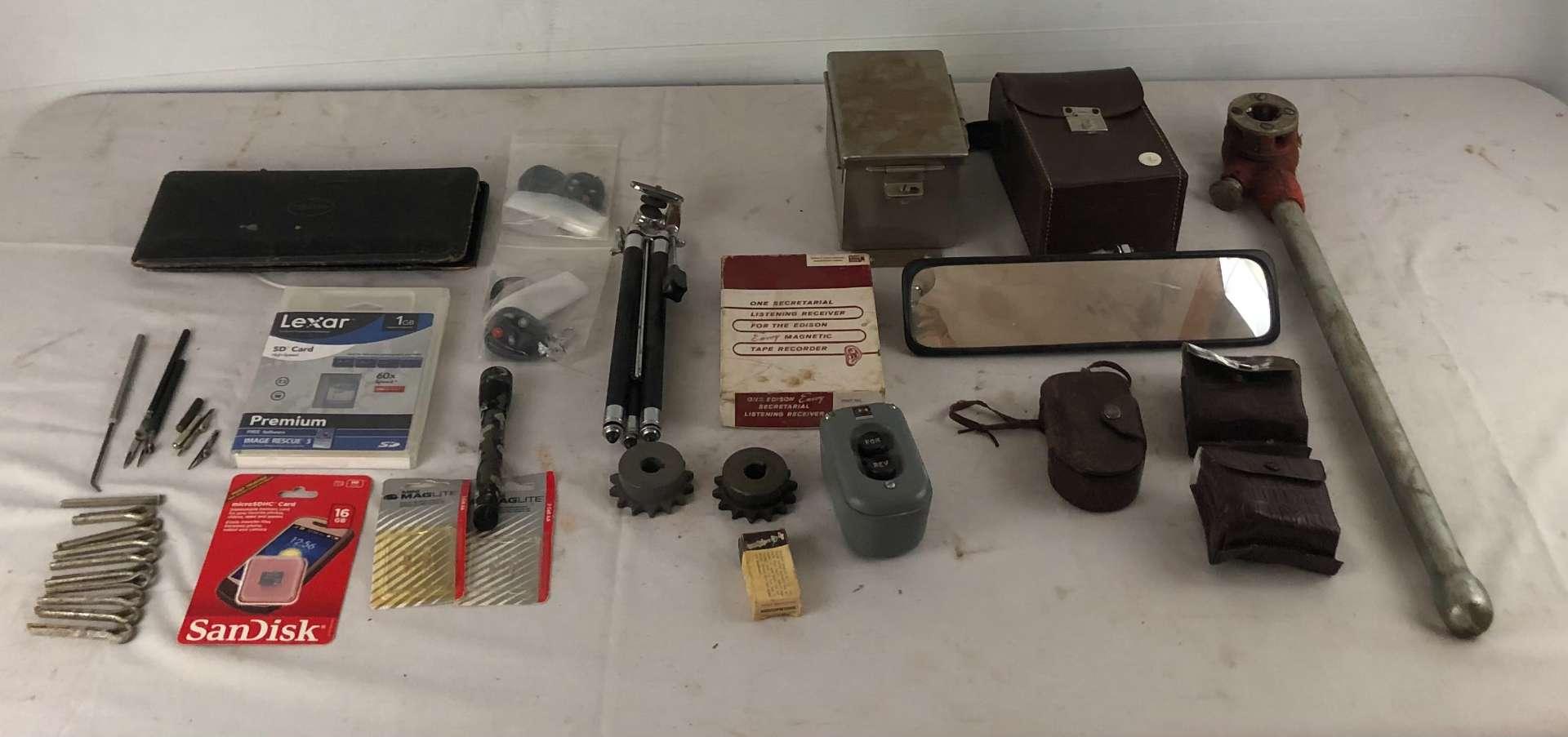 Lot # 259 - Lot of Various Items (main image)