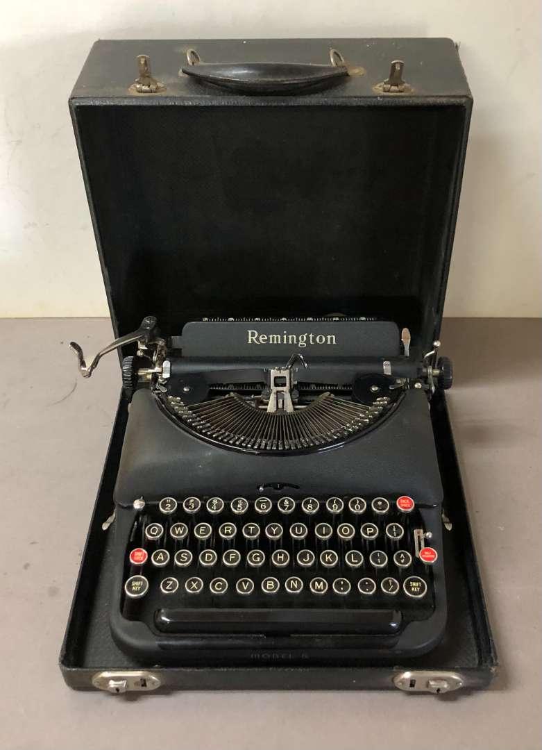 Lot # 278 - Vintage Remington Model 5 Typewriter (main image)