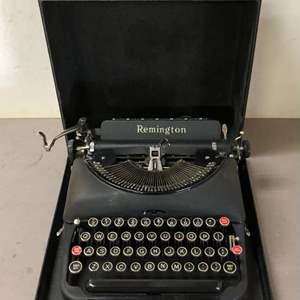 Lot # 278 - Vintage Remington Model 5 Typewriter
