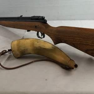 "Lot # 38 - Vintage Crosman ""140"" Pellet Gun & Vintage Powder Horn"