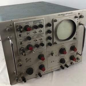 Lot # 211 - Tektronix Type RM33A Oscilloscope