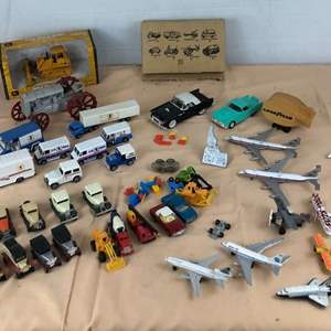 Lot # 273 - Lot of Various Toy Cars, Planes and More
