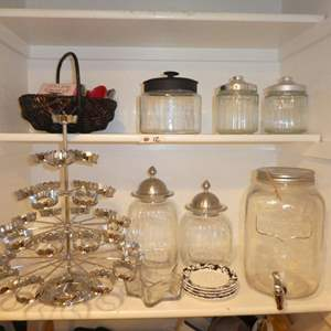 Lot # 12 - Adorable Glass Canisters, Cupcake Stand & Mason Jar Drink Dispenser
